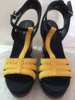 Tommy Hilfiger sandals (size38)