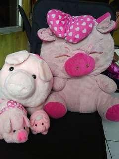 Boneka 🐷 pig take all