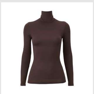 Uniqlo heattech long sleeve brown