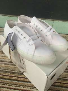 For sale sepatu sepurga