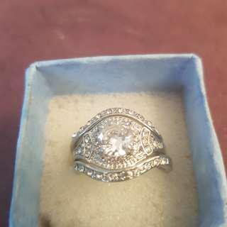 stunning 3pce ring set size 9
