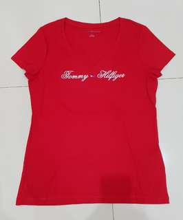 NEW!!!Kaos wrn merah Tommy Hilfigher Ori