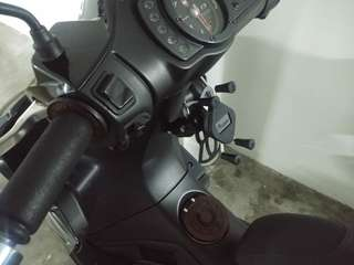 MWUPP Handphone Mount installed on Gilera ST200