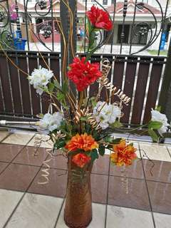 Artificial flower set with stable pot