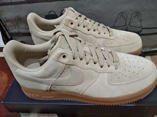 Nike Air Force 1 '07 LV8 Suede Original Authentic Size 42
