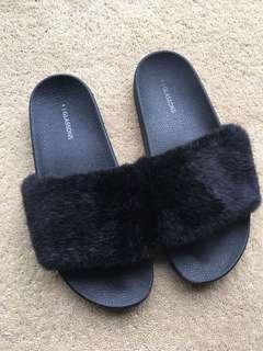 Glassons Fur Slides