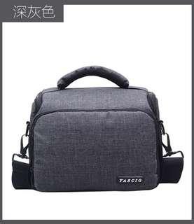 🚚 【Q夫妻】 Camera bag 輕便 簡約 單反攝影包 相機包 單肩包 深灰色 #BA0005-2