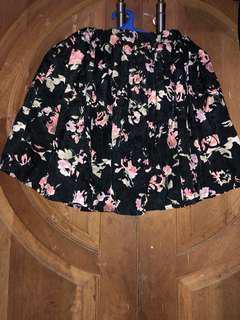 Rok mini bunga