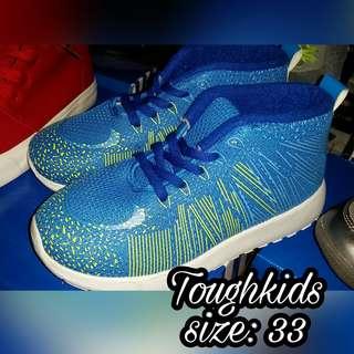 Toughkids lowcut rubber shoes