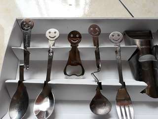 Total (creative cutlery set)