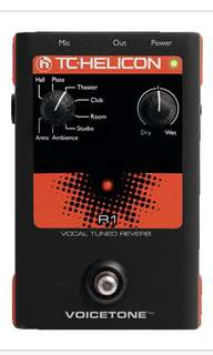 TC-Helicon VoiceTone R1 Reverb Vocal Effects Pedal