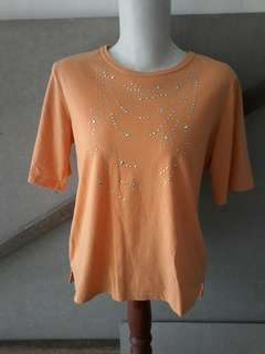T shirt wanita soft orange