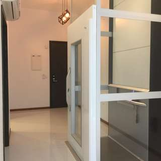 3 bedroom walk out to I12 Katong