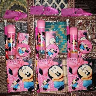 Minnie Stationery Set