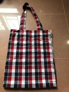 Levi's 文青紅白藍格仔tote bag