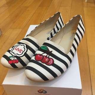 IT shoes Puzzle size 38