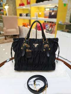 Prada Tessuto Gaufre Tote Bag Nero ❤BIG SALE P39,800 ONLY❤ In excellent condition With dustbag and long strap  Swipe for detailed pics  Cash/card/layaway accepted