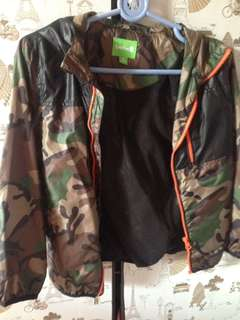 authentic bossini windbreaker camouflage design