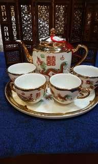 八十年代手繪描金龍鳳雙喜茶壺組