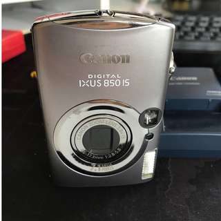 90% new Canon IXUS 850 IS (with all accessories) 九成新 canon 相機 齊配件
