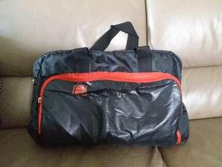 FILA 側咩袋/旅行袋/運動袋
