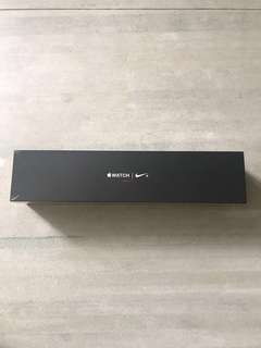 Apple Watch Nike series 3 - 42mm LTE Space Gray