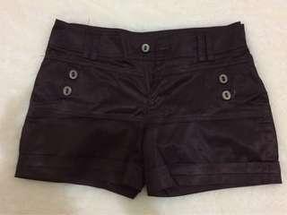Hot pant/celana pendek coklat