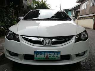 Honda civic 2010 F.D 2.0 top of the line