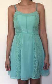 Green spaghetti strap lace dress