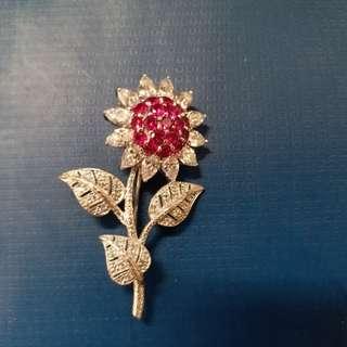 ARTĒ rhodium plated ASTER flower brooch