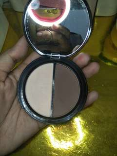 Focallure contour and highlight