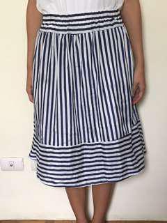 Gingham garterized skirt