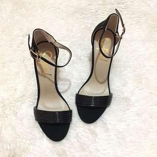 Sofab heels