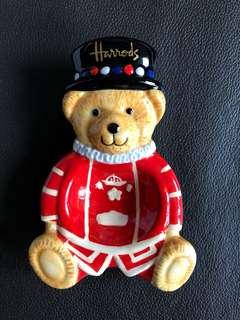 Harrods Beefeater Bear -tea bag tidy 陶瓷