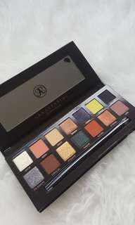 BRAND NEW ABH PRISM PALETTE