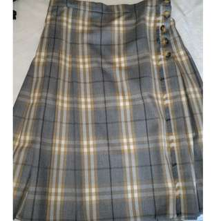 Authentic Burberry nova checked kilt skirt
