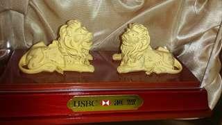HSBC 滙豐鍍金獅子擺設