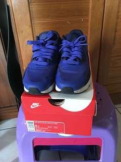 🚚 童Nike運動鞋