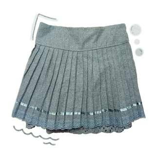🚚 蕾絲裙襬短裙