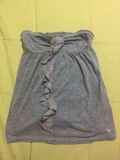 🚚 A&F 灰色中間綴飾平口上衣(也可當短裙)