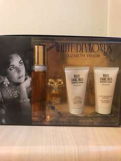 White Diamonds Elizabeth Taylor Perfume Set