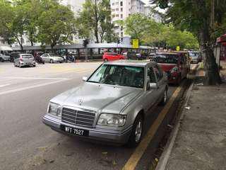 Mercedez Benz 200E (A)