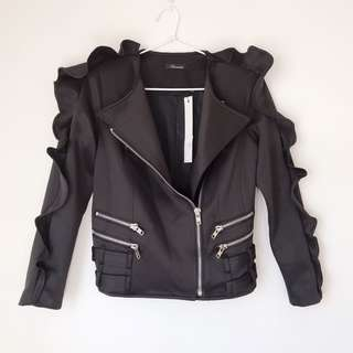 *NEW* Ruffled biker jacket size S