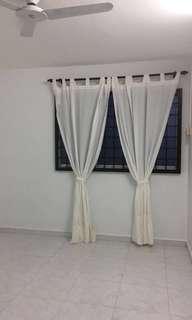 Near MRT Common room for lease