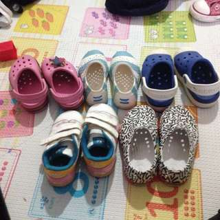 Crocs shoes / Toms / Native shoes