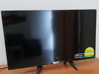 "*PHILIPS 32PHT5102 32"" SMART ULTRA SLIM LED TV*"