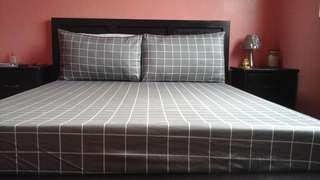 High quality bedsheets blankets, curtains and more