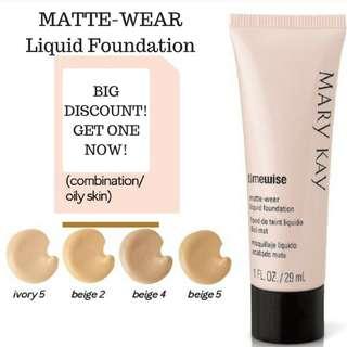 TimeWise® Matte-Wear® Liquid Foundation