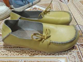 Yellow green sacklings doll shoes