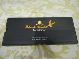 Facial Shop Black Walet